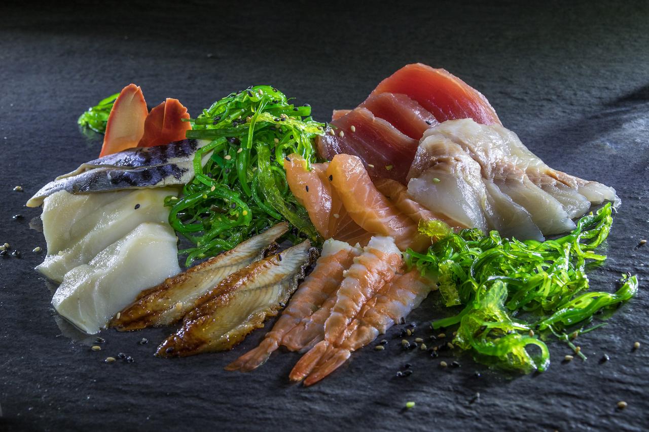 Yokohama Bento Sashimi Mix